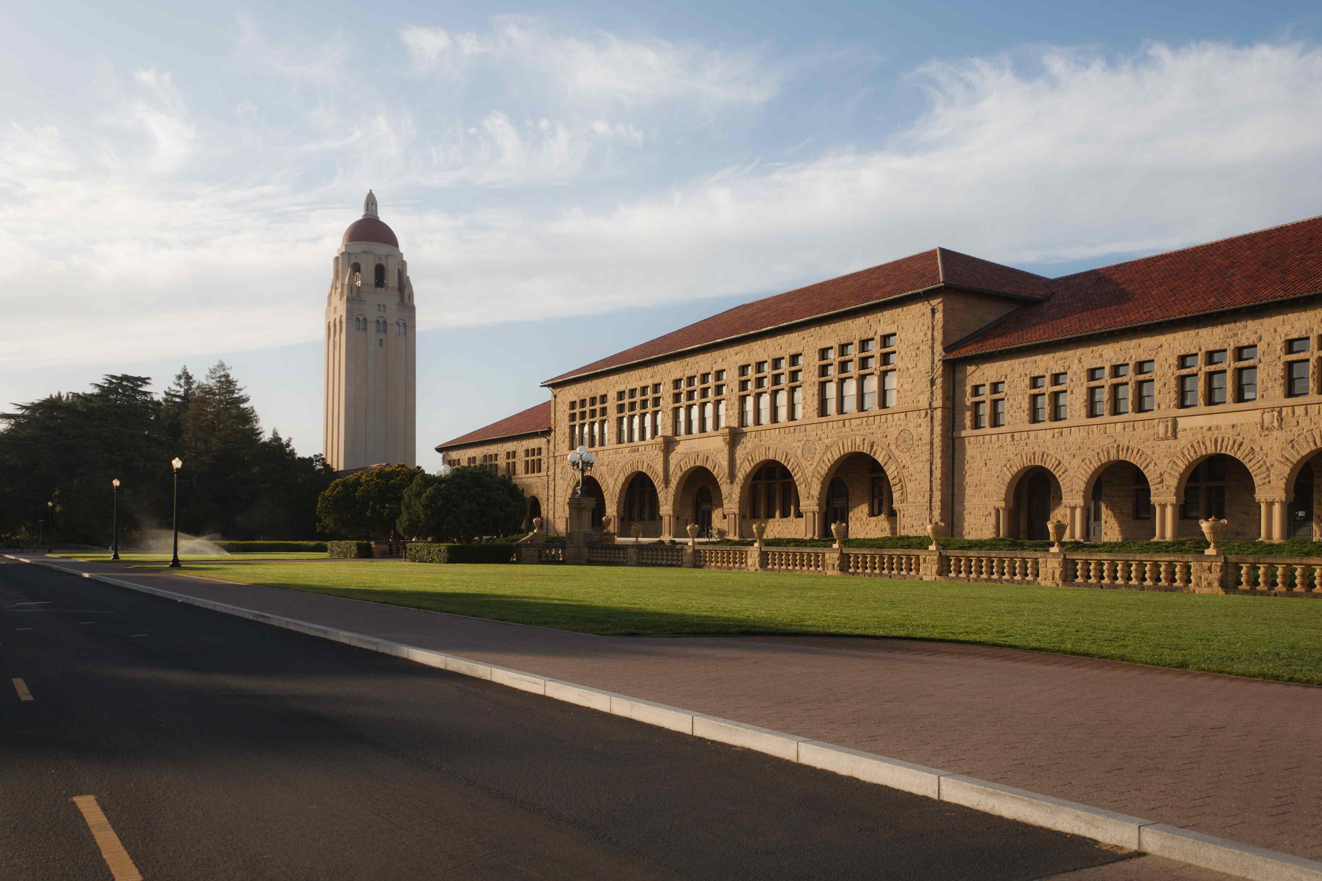 Stanford_University_Main_Quad_May_2011_001.jpg